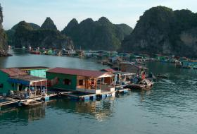 reis Vietnam Cambodja halong bay iki Travels
