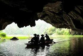 Puur Vietnam reis Ninh Binh grotten