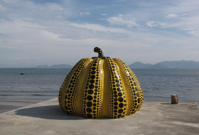 Japan rondreis Naoshima bouwsteen moderne kunst