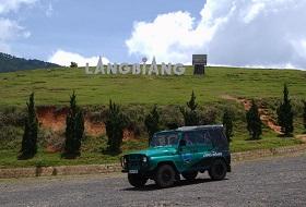 Vietnam Dalat Trekking bouwsteen iki Travels Langbiang Jeep