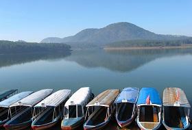 Vietnam Dalat Trekking bouwsteen iki Travels Tuyen Lam Meer