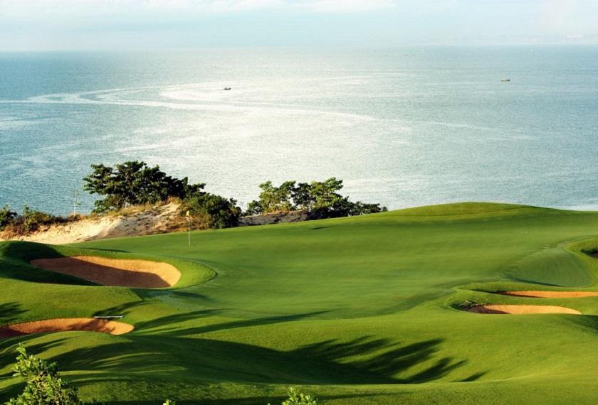 Sea Links Golf Vietam Iki Travels