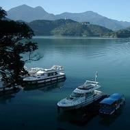 Sun Moon Lake Taiwan iki Travels