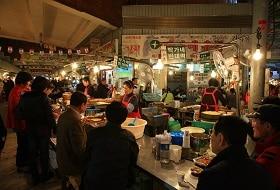 Zuid Korea, Seoul, Avondmarkt